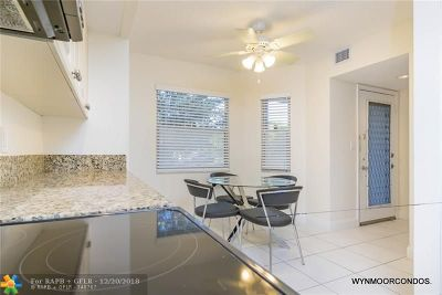 Coconut Creek Condo/Townhouse For Sale: 1602 Abaco Dr #C1