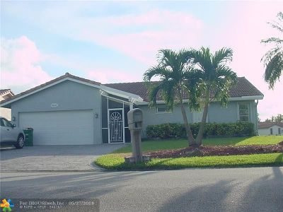 Tamarac Single Family Home For Sale: 7018 NW 106th Ave