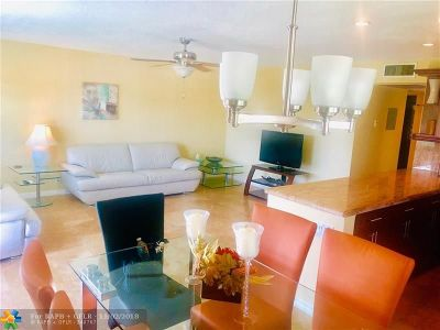 Deerfield Beach Condo/Townhouse For Sale: 37 Farnham B #B