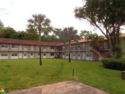 North Lauderdale Condo/Townhouse For Sale: 1201 SW 50th Ave #210-4