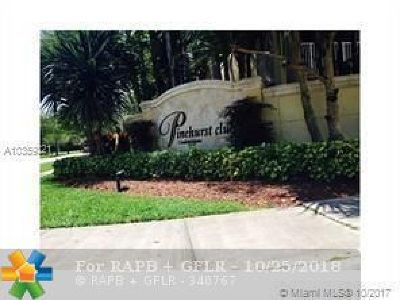 Hollywood Condo/Townhouse For Sale: 470 S Park Rd #307