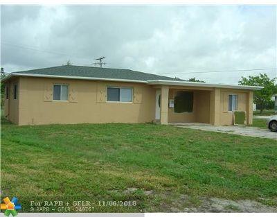 Boynton Beach Single Family Home For Sale: 641 NW 5th St