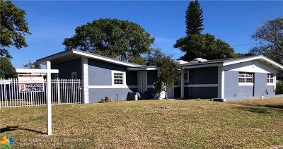 Miami Single Family Home For Sale: 4121 NW 189th Ter