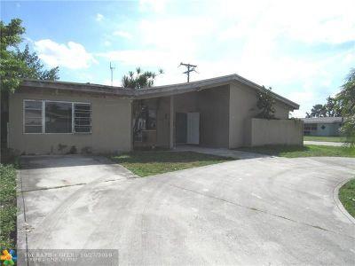 Miramar Single Family Home For Sale: 6644 Arbor Dr