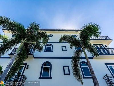Condo/Townhouse For Sale: 822 NE 7th St #822