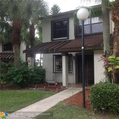 Coconut Creek Condo/Townhouse For Sale: 4588 Carambola Cir #27219