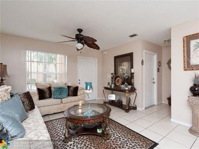 Miramar Condo/Townhouse Backup Contract-Call LA: 8548 SW 23rd Ct #8548