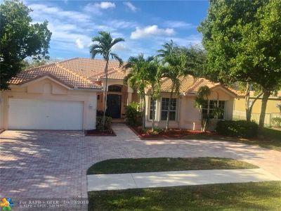 Davie Single Family Home For Sale: 8179 S Savannah Cir