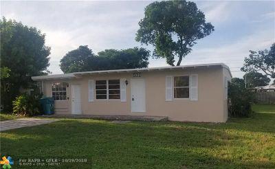 Boynton Beach Single Family Home For Sale: 131 SE 12th Ave