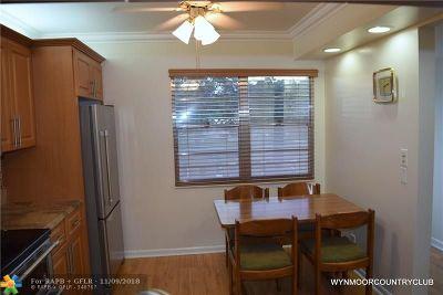 Coconut Creek Condo/Townhouse For Sale: 3306 Aruba Way #L2