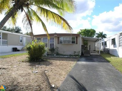 Fort Lauderdale Single Family Home For Sale: 5637 Lagoon Dr