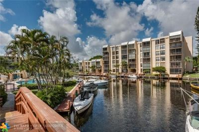 Boca Raton Condo/Townhouse For Sale: 3 Royal Palm Way #503