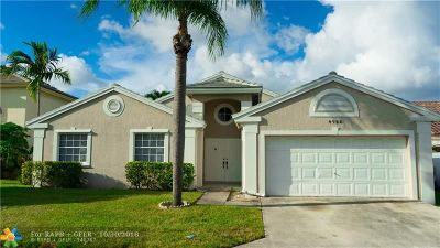 Deerfield Beach Single Family Home For Sale: 4725 NW 3rd St