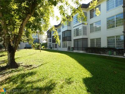 Plantation Condo/Townhouse For Sale: 7450 NW 17th St #110