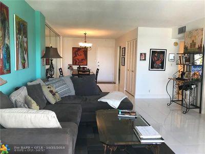 Pompano Beach Condo/Townhouse For Sale: 405 N Ocean Blvd #1725