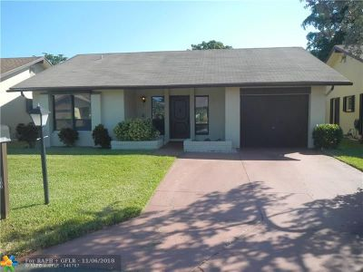 Deerfield Beach Single Family Home For Sale: 1568 SW 21st Way