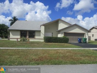 Lauderhill Single Family Home For Sale: 4405 NW 65th Ave