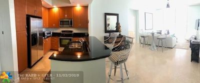West Palm Beach Condo/Townhouse For Sale: 701 S Olive Ave #1002
