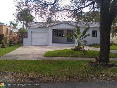 Miami Single Family Home For Sale: 433 Minola Dr