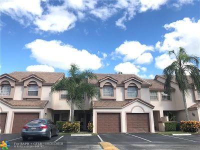 Boca Raton Condo/Townhouse For Sale: 9527 Boca River Cir #9527