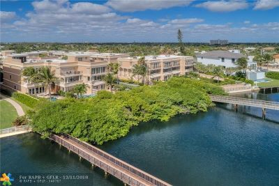 Pompano Beach Condo/Townhouse For Sale: 1778 Bay Dr #1778
