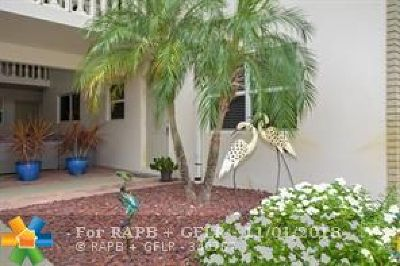 Lighthouse Point Condo/Townhouse Backup Contract-Call LA: 2835 NE 28th Ave #6