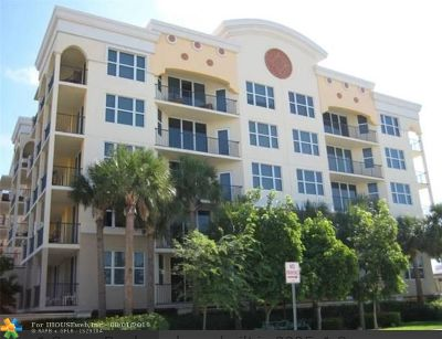 Deerfield Beach Condo/Townhouse For Sale: 191 SE 20th Ave #319