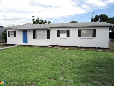 Deerfield Beach Single Family Home For Sale: 1360 SW 5th Ave