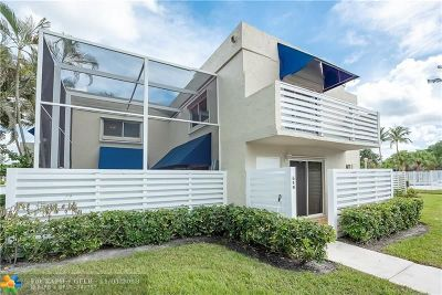 Plantation Condo/Townhouse For Sale: 540 NW 97th Ave #540