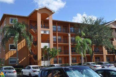 Pembroke Pines Condo/Townhouse For Sale: 701 SW 141st #403R
