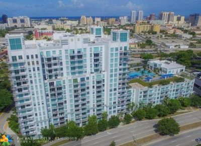West Palm Beach Condo/Townhouse For Sale: 300 S Australian Ave #406