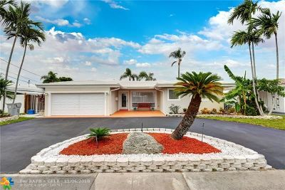 Pompano Beach Single Family Home For Sale: 301 SE 3rd Ct