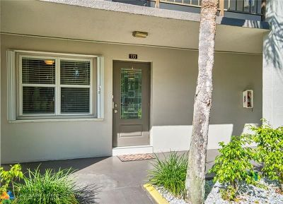 Lauderdale Lakes Condo/Townhouse For Sale: 4851 NW 26th Ct #135