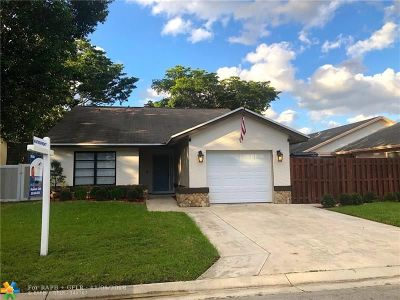 Cooper City Single Family Home For Sale: 9713 SW 57th St