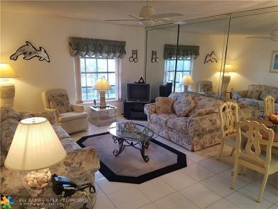 Fort Lauderdale Condo/Townhouse For Sale: 2180 NE 67th #727