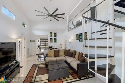 Fort Lauderdale Single Family Home For Sale: 811 SW 18th St