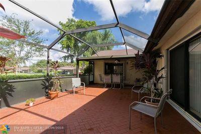 Boca Raton Condo/Townhouse For Sale: 23471 Barlake Dr #151