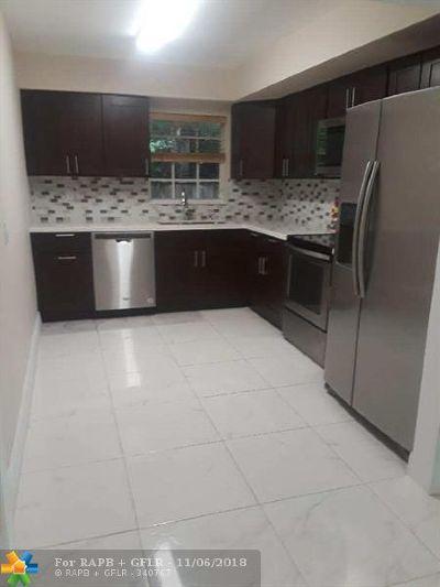 Hollywood Single Family Home For Sale: 7460 McArthur Pkwy