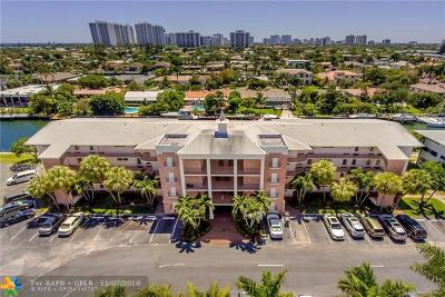 Hallandale Condo/Townhouse For Sale: 455 Paradise Isle Blvd #308