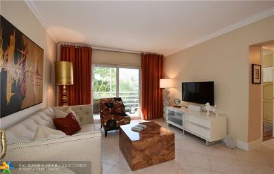 Fort Lauderdale Condo/Townhouse For Sale: 1407 NE 56th St #202