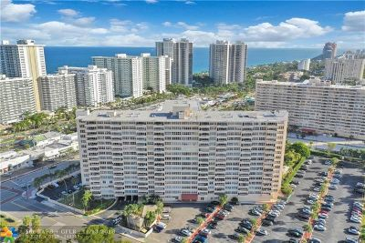 Fort Lauderdale Condo/Townhouse For Sale: 3300 NE 36th St #814