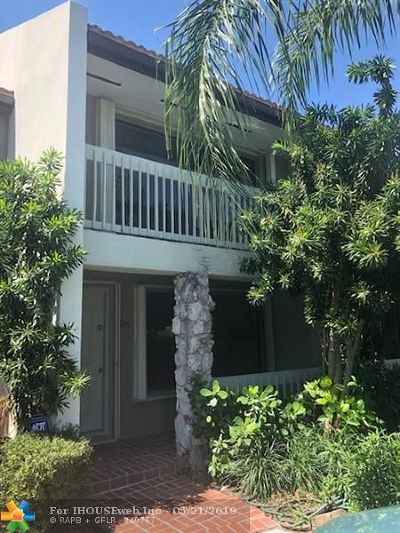 Fort Lauderdale Condo/Townhouse For Sale: 6019 Bayview Dr #6019