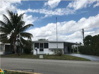 Davie Single Family Home For Sale: 8517 SW 18th St