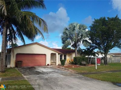 Deerfield Beach Single Family Home For Sale: 1399 SW 25th Ave