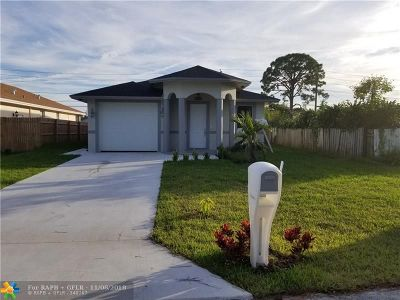 West Palm Beach Single Family Home For Sale: 4374 Canal 9 Rd
