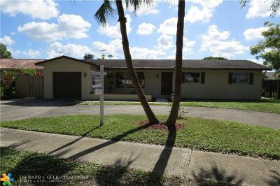 Cooper City Single Family Home For Sale: 10316 SW 50th St