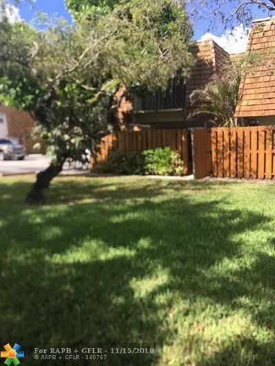 Davie Condo/Townhouse Backup Contract-Call LA: 8940 SW 20th Pl #C