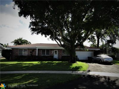 Plantation Single Family Home For Sale: 7550 NW 10th Ct