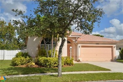 Pembroke Pines Single Family Home For Sale: 14275 NW 18th Pl