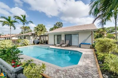 Boca Raton Single Family Home For Sale: 19651 Back Nine Dr